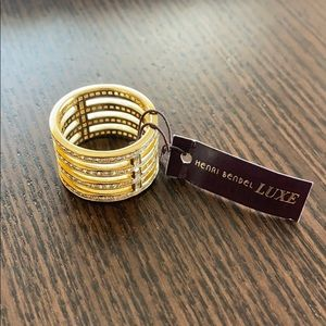 Henri Bendel LUXE ring
